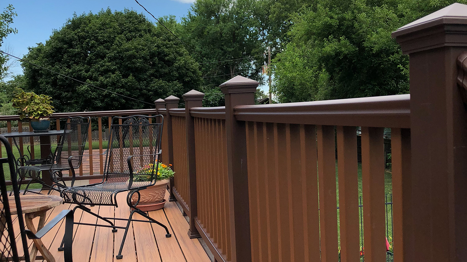 Deck with Furniture